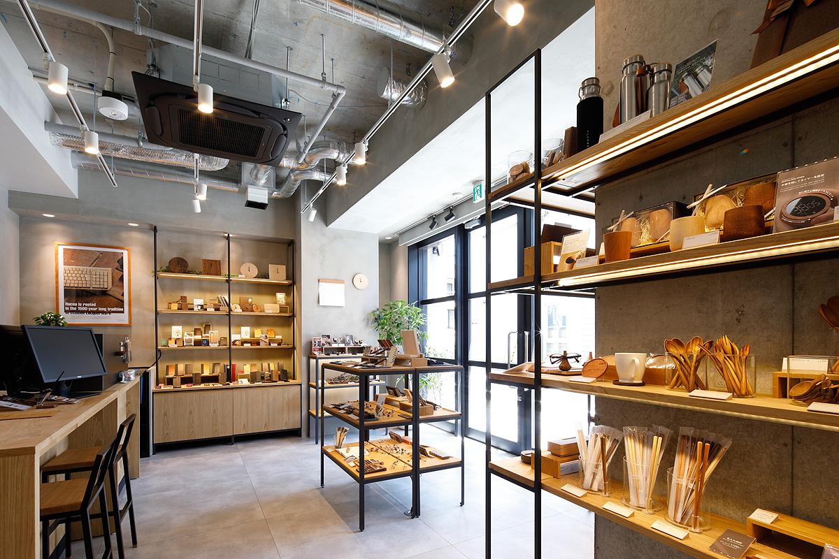 木製デザイン雑貨店